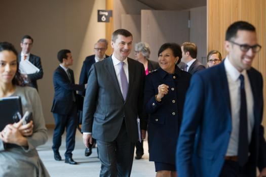Andrus Ansip, vice president of the European Commission, chats with Secretary of Commerce Penny Pritzker.
