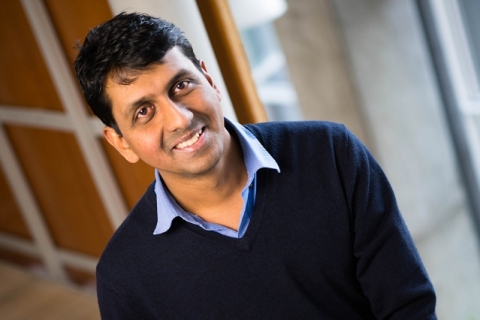 Headshot of professor Vinod Vaikuntanathan